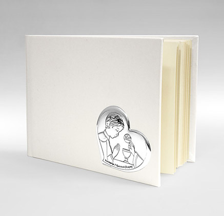 Album na komunię - Pamiątka dla dziecka