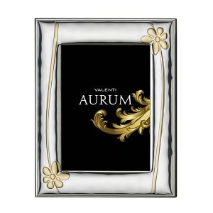Srebrna ramka na zdjęcie ze złotym motywem