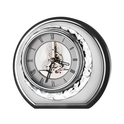 Zegar okrągły W srebrnej obudowie