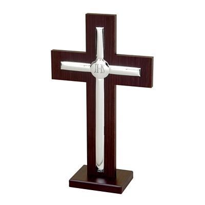 Krzyż stojący ze srebrnymi elementami